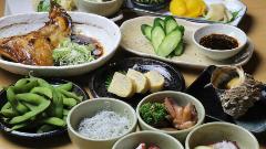 活魚料理 まるは食堂 イオンモール大高店
