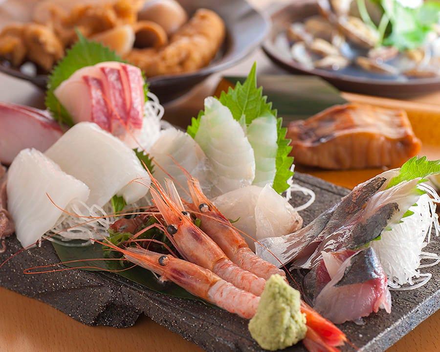 金沢港の網元漁船「恵比寿丸」より直送された鮮魚が自慢!