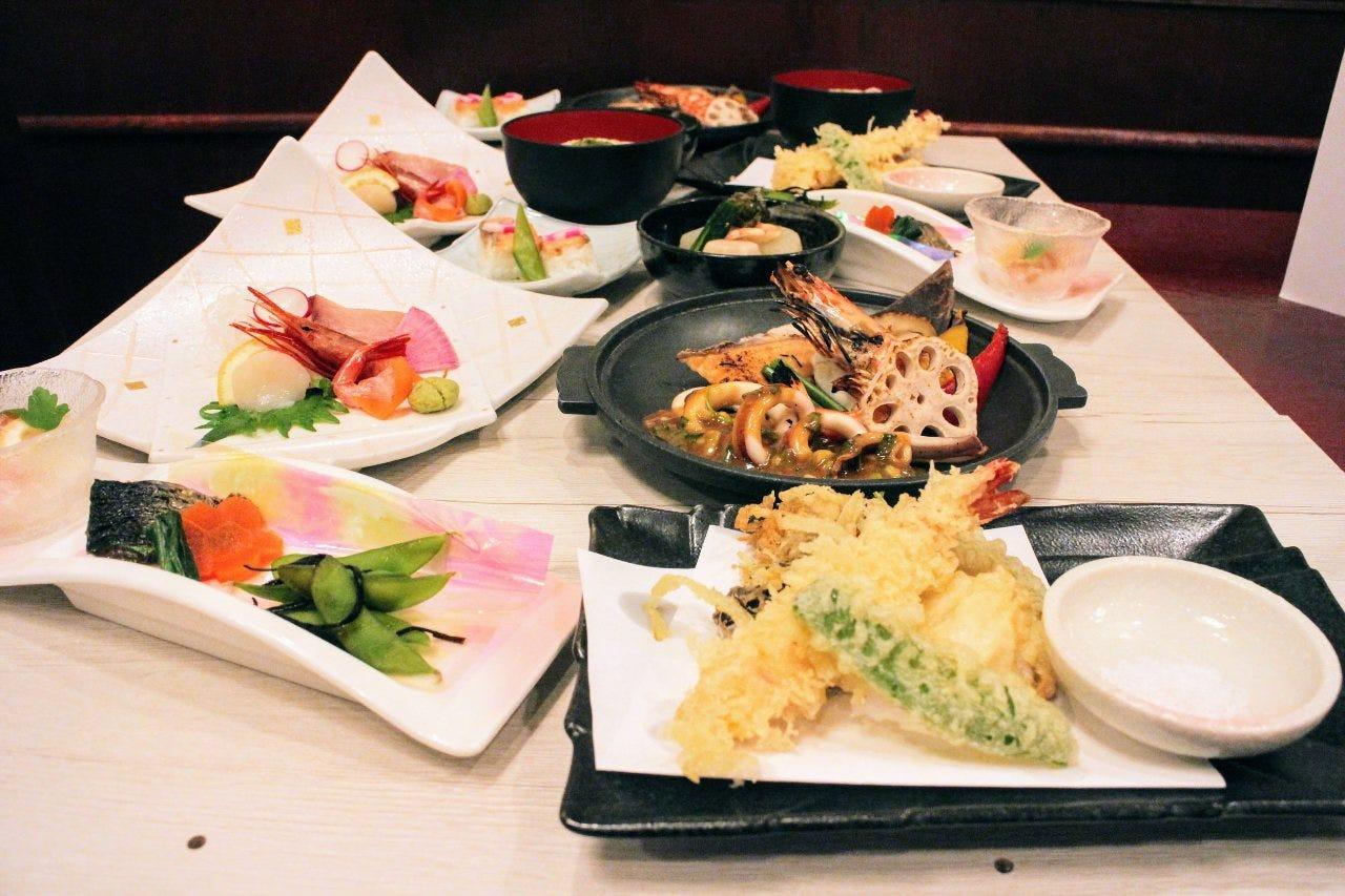 海鮮を中心とした和食が楽しめる♪各種会合や宴席にピッタリ。90分飲み放題付4000円コース