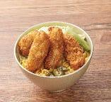 牡蠣フライソースかつ丼