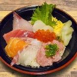 特選 海鮮丼