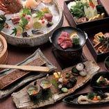 自慢のおうどんをメインに、料理人の技が冴える和のコース4,000円~。