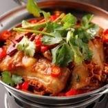 花椒の効いた本格四川の辛いながらも激旨の干鍋