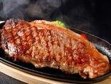 あか牛ステーキも大人気♪部位も豊富★肉の日も大好評♪