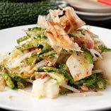 【沖縄定番料理】 ゴーヤーチャンプルーやもずくの天ぷらを堪能