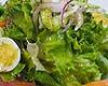 たっぷり山盛りサラダを特製ドレッシングで             インサラティッシマ
