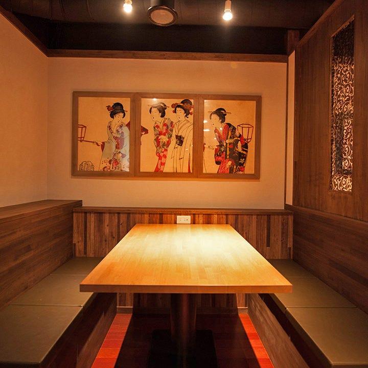 和モダンな雰囲気の個室が人気