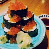秋鮭いくらこぼれ巻き寿司