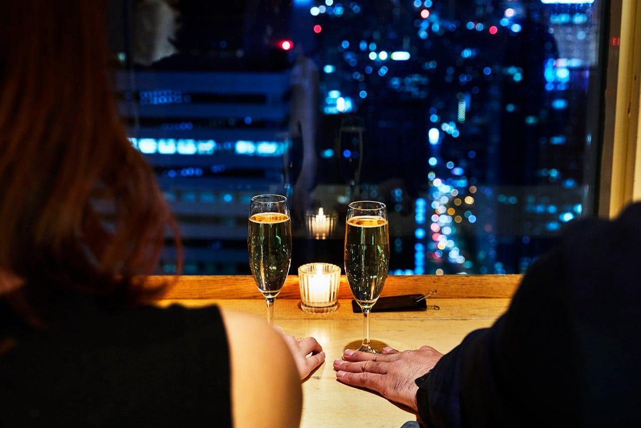 ちょっぴり贅沢な料理を夜景と共に…