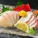 旬食材を使用した人気の一品料理も 多数ご用意しております。