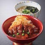 岡山市民に愛される名物デミカツ丼。