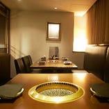 プライベート空間で焼肉が楽しめる落ち着いた大人の個室!予約は先着順になります。