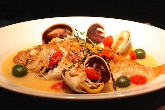 高級鮮魚のアクアパッツァ