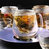 ◇名物◇女性に人気♪花が咲く芸術的な中国茶『工芸茶』