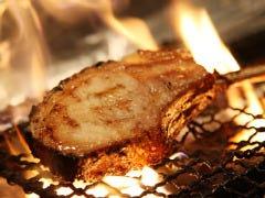 MEAT&仕入れ値ワイン ベルサイユの豚 九段下