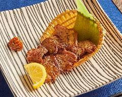 【New】贅沢肉と羊のタン焼き2種盛り合わせ