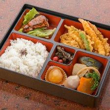 店内で味わう天ぷらを仕出し弁当でも