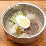 ピョンヤン冷麺