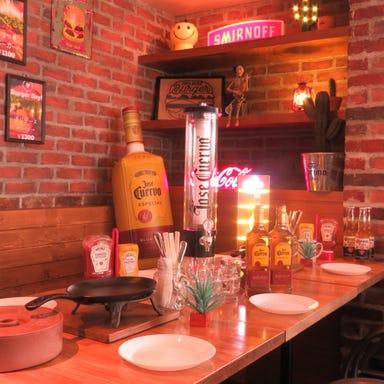 ダイニングバー CAFE' MUNCHIES  店内の画像