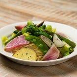 きょう足りなかった食物繊維。10種野菜のペペロンチーノ