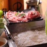 名古屋メシの新常識!ヘルシーな野菜鍋【レタスしゃぶしゃぶ】