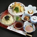 【5月~11月迄/10食限定】冷やし!天ぷら盛合せと冷やしうどん定食