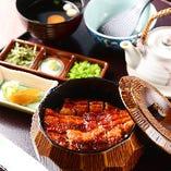 名古屋名物ひつまぶしなど、うなぎ料理をリーズナブルに味わえる