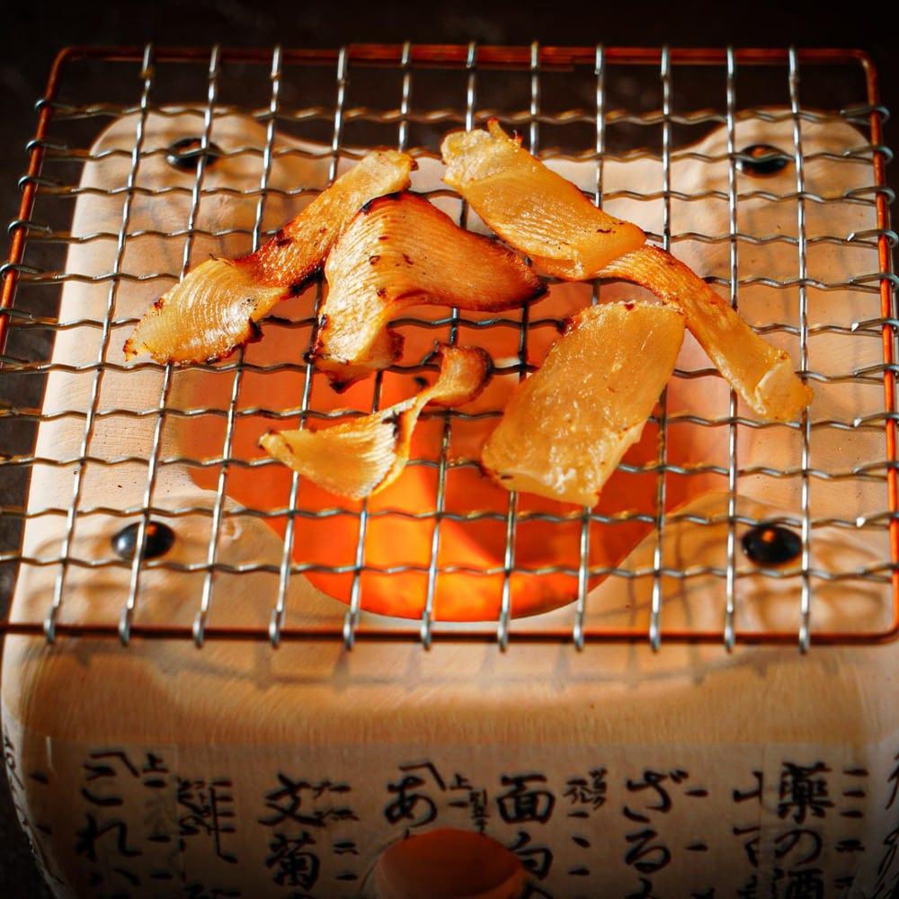 【炙り】魚介や牛タンをその場で炙る