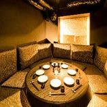 デザイナーのこだわりが光る個室席は女子会、宴会に最適◎