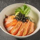 サーモン2色丼