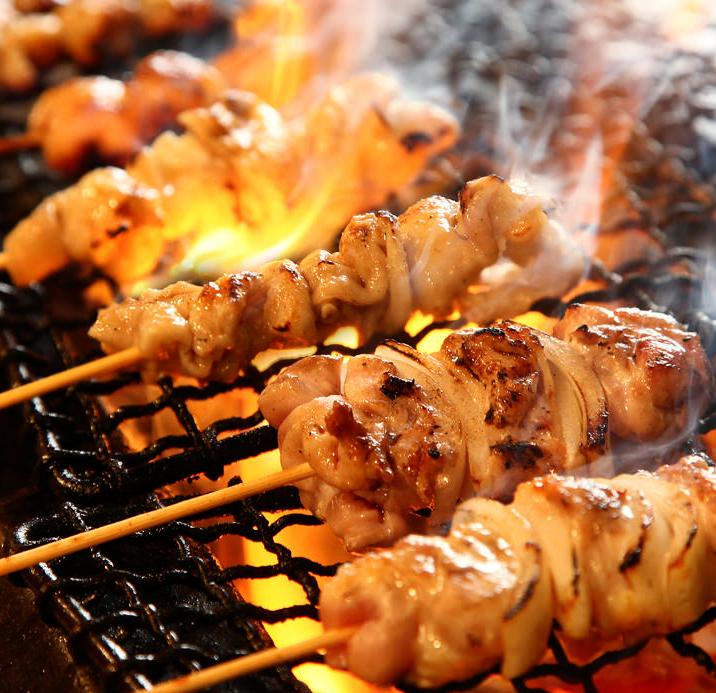 焼き鳥やお寿司が何と食べ放題です♪