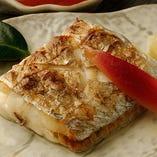美味しい魚料理を、地酒・焼酎とともにどうぞ