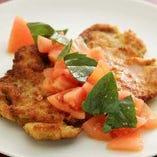 サクッと揚げた豚フィレ肉~冷たいトマトのマリネソース~