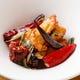 居酒屋料理の定番「鶏軟骨」も四川風の刺激的な味わいに