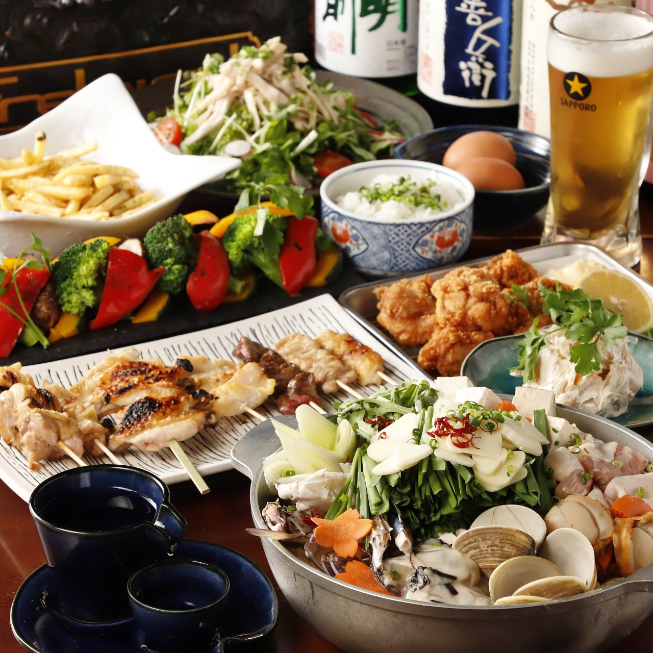 【2時間飲み放題付】料理8品 自慢の鶏料理を堪能!お得な季節の宴会コース