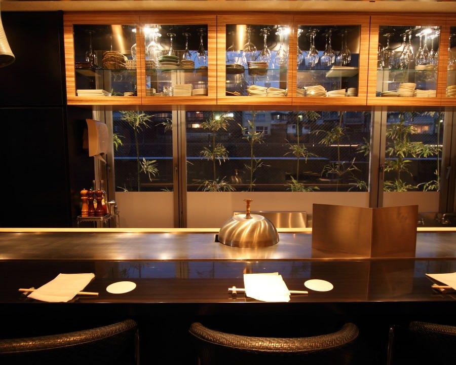 犀川沿いの隠れ家的大人のレストラン