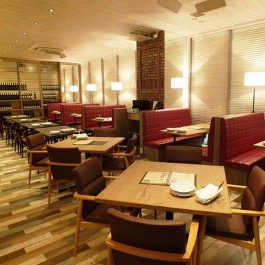 Trattoria Pizzeria LOGIC sasazuka 店内の画像