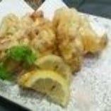 奥三河鶏せせりの天ぷら 藻塩添え