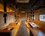 4名様×2席・8名様×1席・14名様×1室・28名様×1/掘りごたつ席|無垢テーブル空間