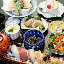 慶事・法事・宴会・飲み会などにも重宝する、鮨を中心に四季の煮物や焼物で彩る『はなやぎ御膳』