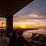 美しいサンセットは旅の思い出にも。恩納村真栄田岬は観光スポット
