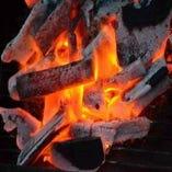 「本場和歌山の紀州備長炭」使用。