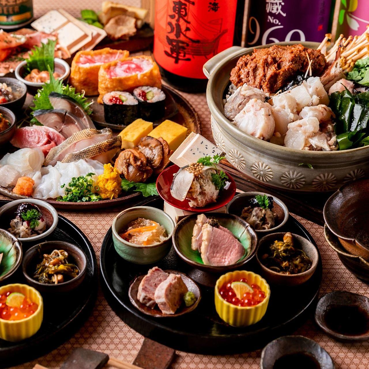 青森の食材と食器にこだわった自慢のコース料理です