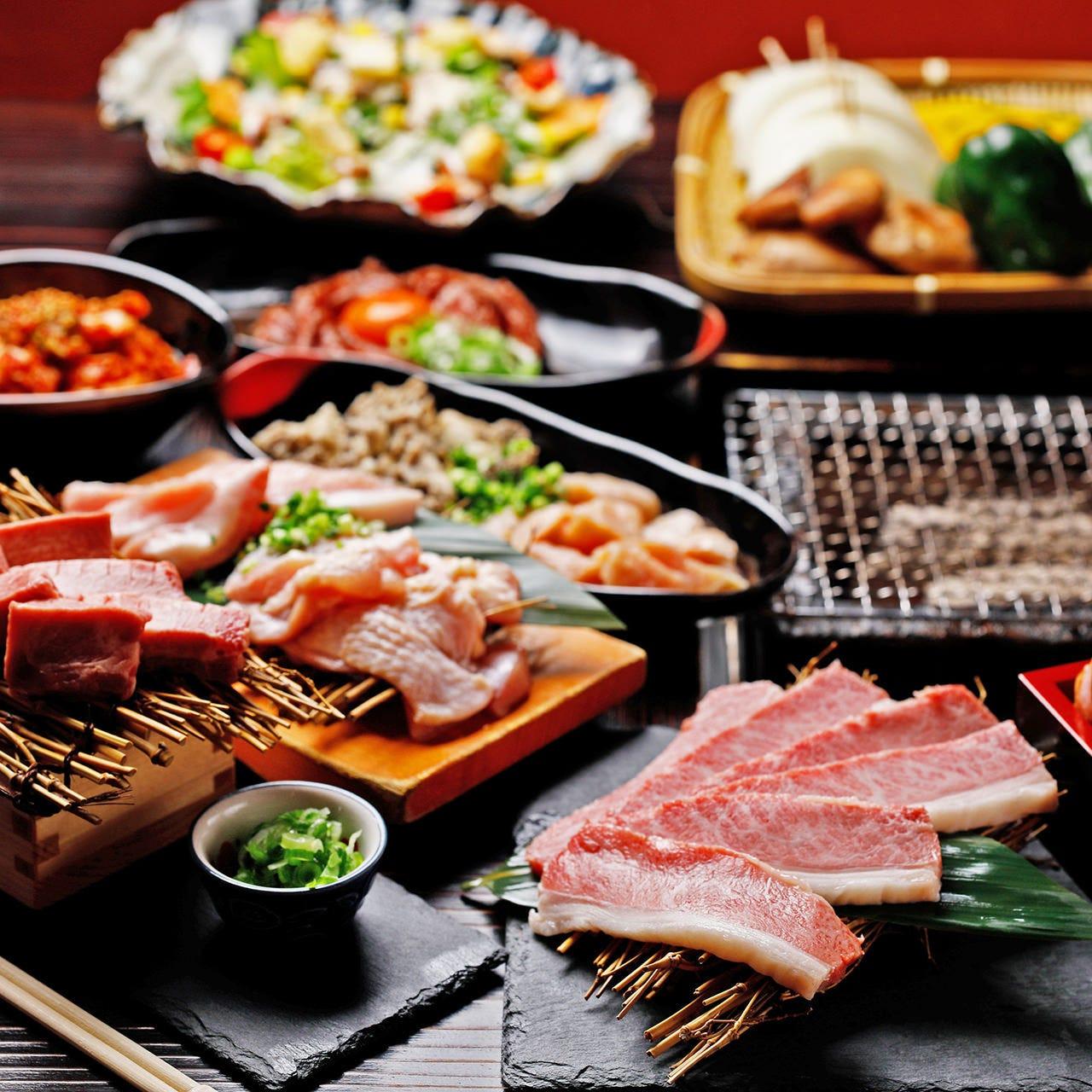 前菜、焼肉、〆のラーメンまで楽しめる飲み放題付コース