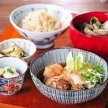 鯛めし食べ放題 付 牛すき焼き風 肉豆腐