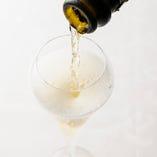 食前酒にスパークリングワイン