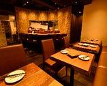 様々な用途に最適なテーブル席!宴会・食事・デート向き