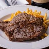 ランプやハラミを使ったステーキ