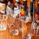 グラスも各ビールに合わせたものをご用意