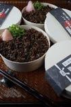お土産ににどうですか?黒毛和牛のしぐれ煮わっぱ飯。